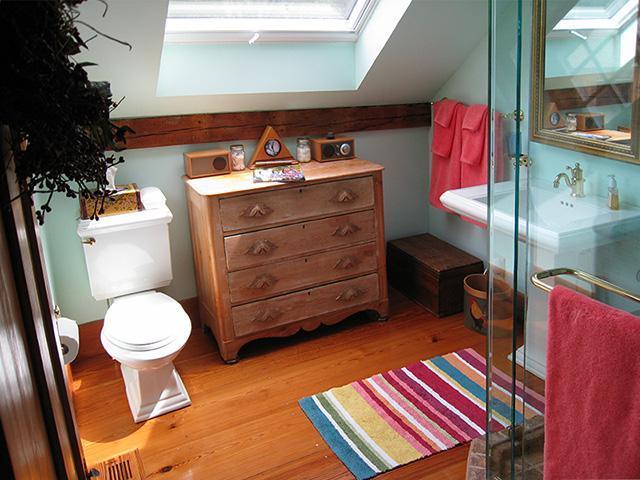 Light, bright Bathroom and the 48' x 48' Skylight overhead
