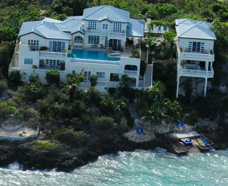 Luxurious Oceanfront Ambrosia Villa!