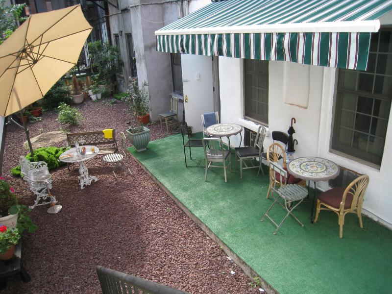 Back Garden, Canopy if it Rains
