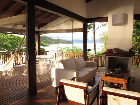 Living area/ balcony