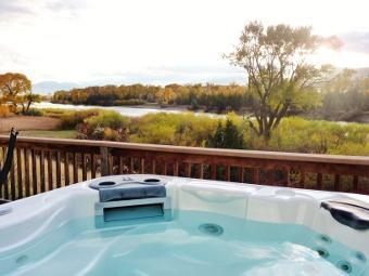 A great riverside hot tub at North