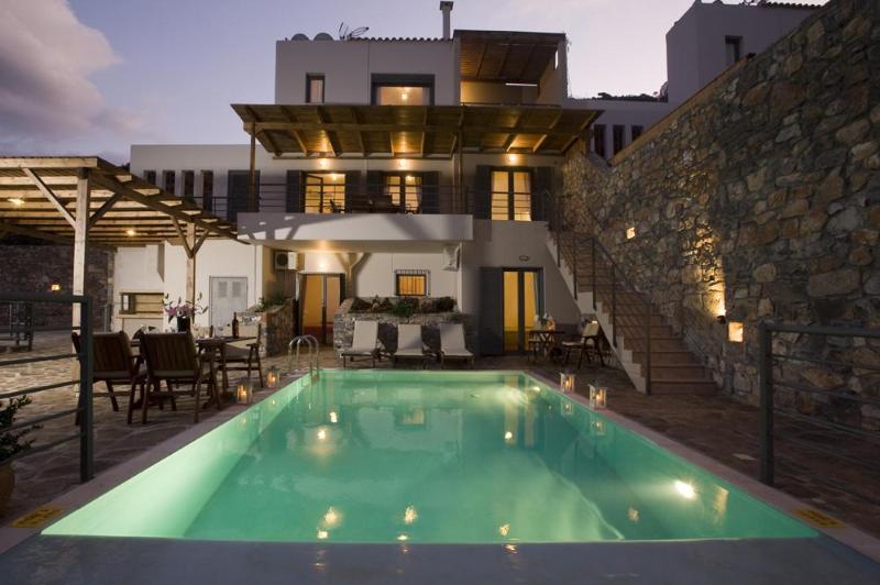 Elounda Solfez Villa (3 bedroom), alquiler vacacional en Elounda
