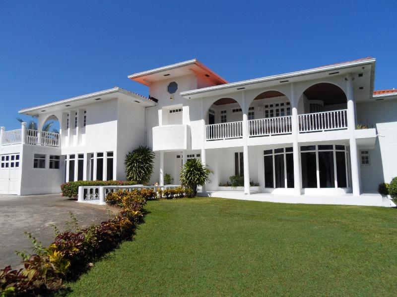 Lhorizon A Jewel in the Caribbean, vacation rental in Ocho Rios