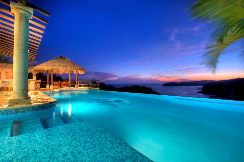 Villa - View & Pool