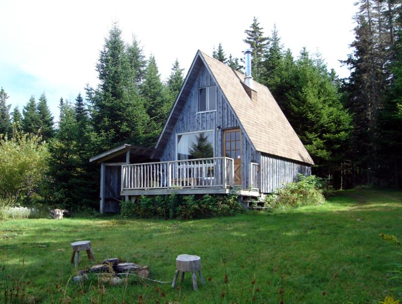Cozy A-Cabin