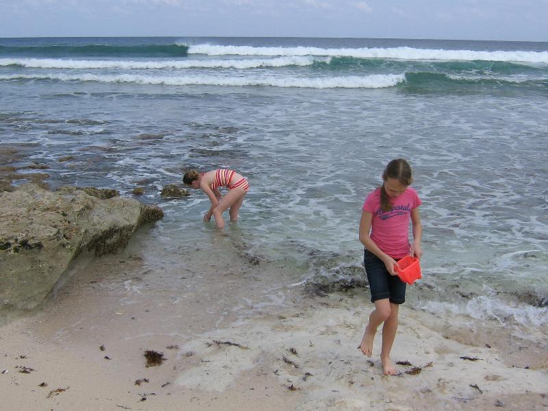 Praia do oceano - a poucos passos da casa.