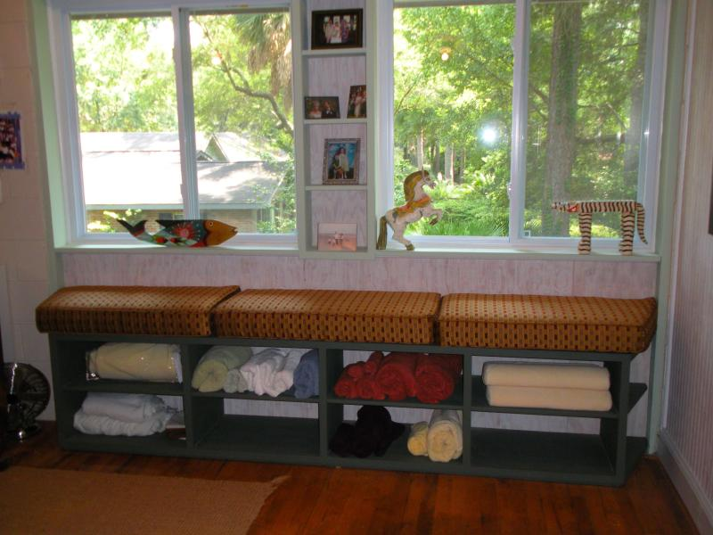 The window bench