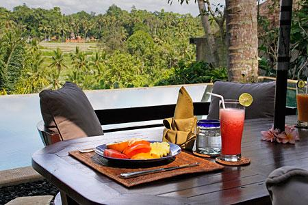 Al Fresco Breakfast at Ria Sayan