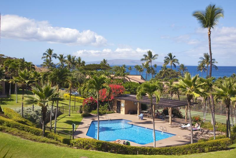 Wailea Ekahi 28D has a sweeping ocean view. This is one of the 4 Ekahi pools, right below our condo!