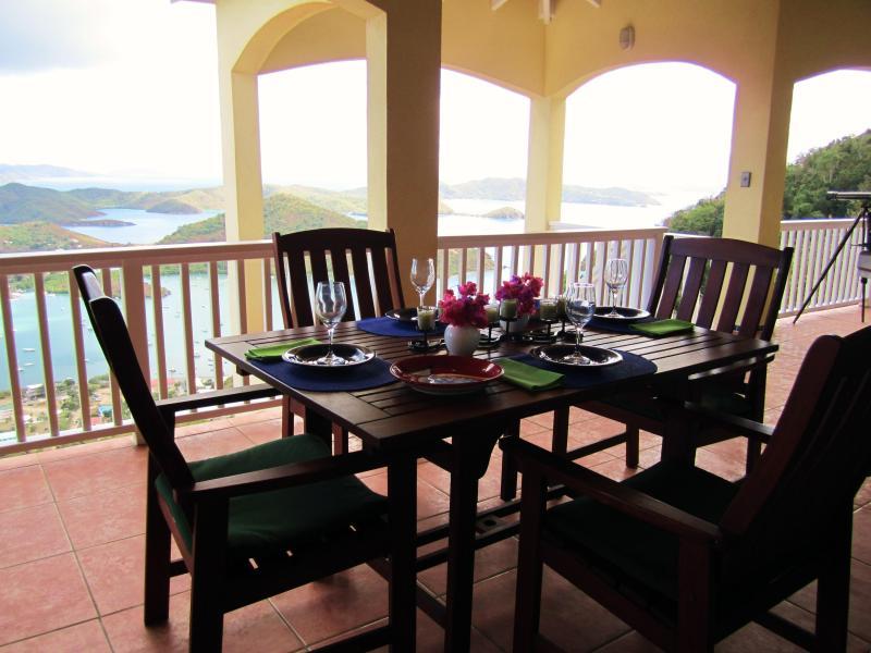 ... .with uma visão que podem combinar alguns restaurantes no Caribe