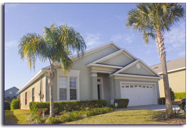 Poolside villa located at Glenbrook resort,Clermont