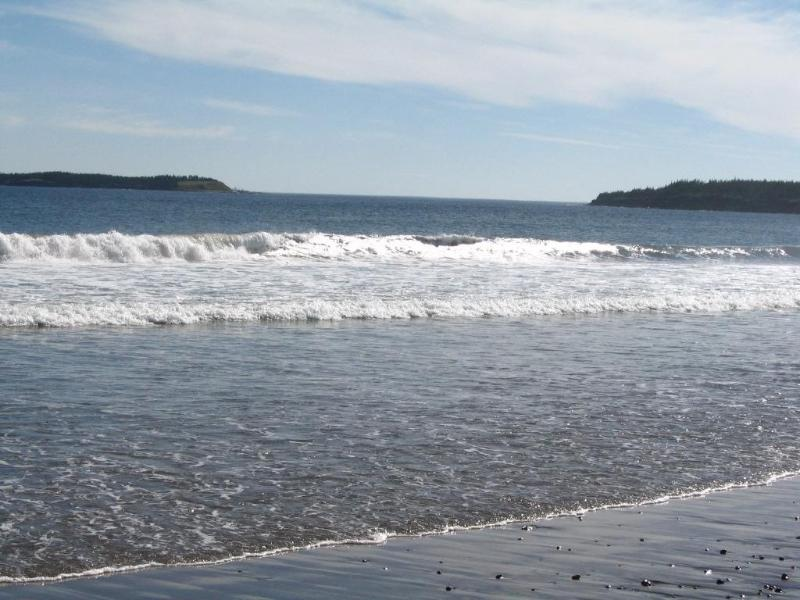 Surf at Hirtle's beach