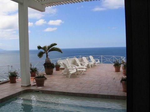 Casa Leah Deck und Pool