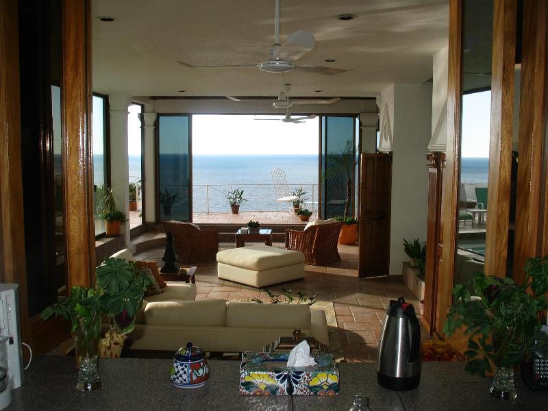 Casa Leah Livingroom