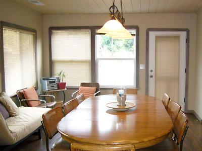 Idle Hours, Huge Dining Table! Perfect Family Rental.
