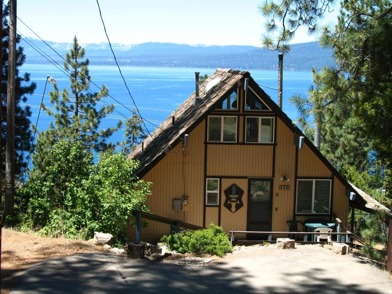 Lake Tahoe's  *Sunset Chalet* -   Panoramic Views  !!!, alquiler de vacaciones en Kings Beach