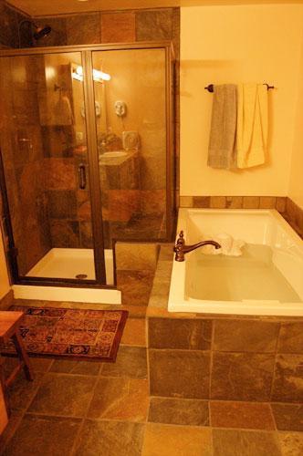 Ontspannende jacuzzi en douche
