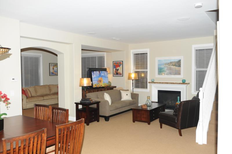 Great Open Floor Plan - Newly Remodeled Entire House November 2010