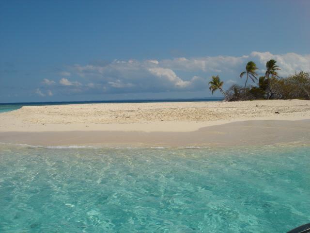 Palominitos Island