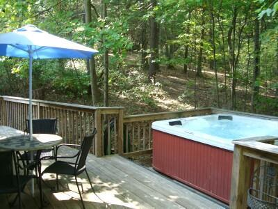 Private Hot Tub & Back Deck at the edge of an 11 Acre Woodlands