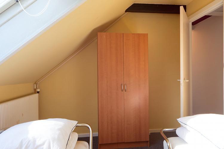 4 habitaciones, 1 baño