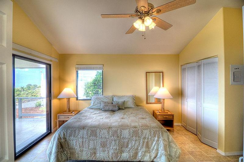 Kope Cottage - Bedroom - Serta twin beds may be made up separately or as a king size bed.