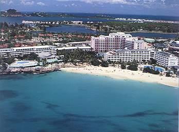La Plage Penthouse...Royal Islander, Maho, Dutch St. Maarten