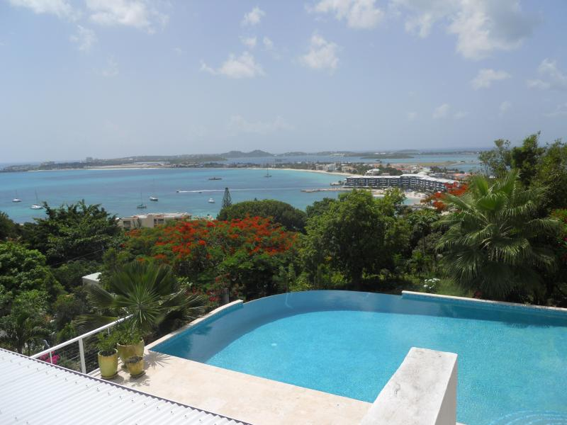 La Di Da, 6BR vacation rental in Pelican Key, St Maarten