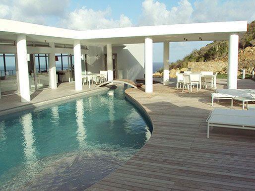 LA MIRELLA... Fabulous  contemporary St Maarten rental villa overlooking Oyster, aluguéis de temporada em Quartier D'Orleans