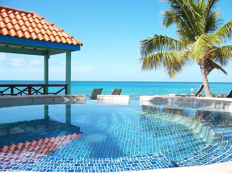 Marisol...2BR vacation rental in Pelican Key Estate, St. Maarten