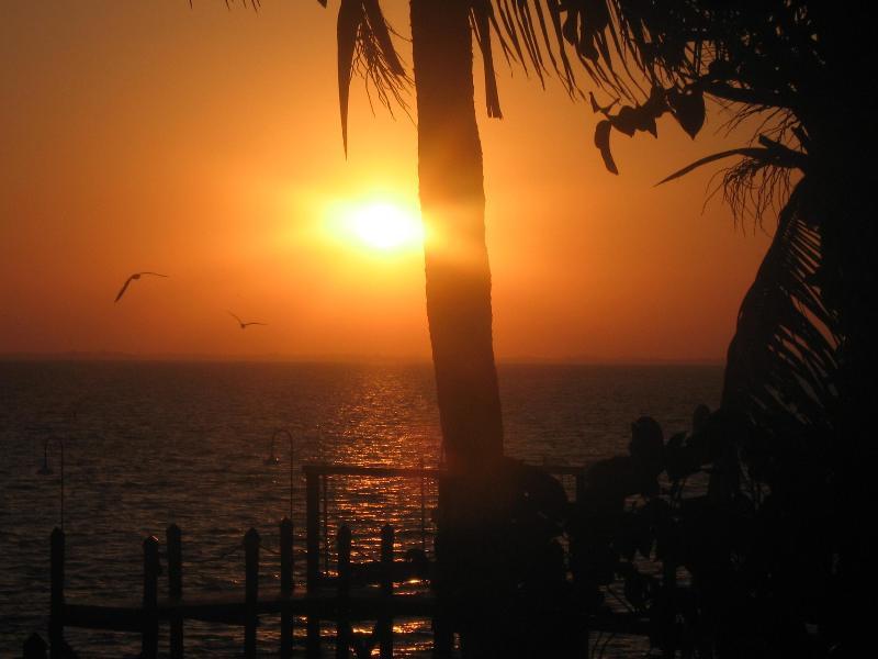 sunrise, off the lani