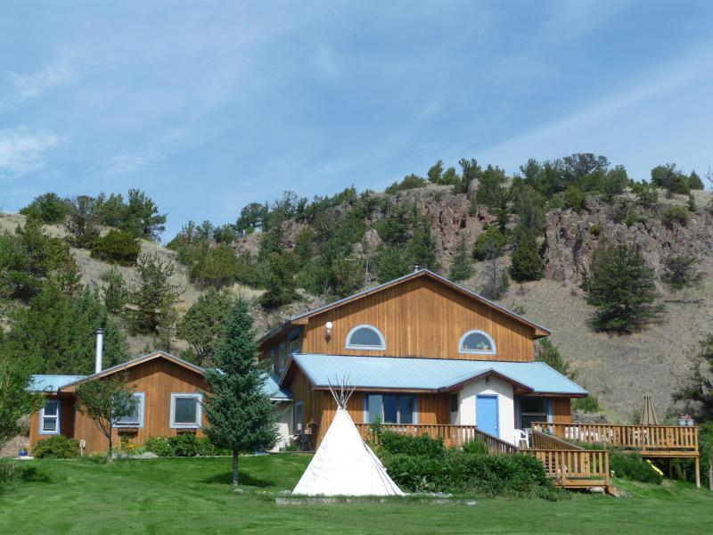 La maison est où le cœur est...Sentez l'étreinte de la montagne et de l'étendue de la vue.