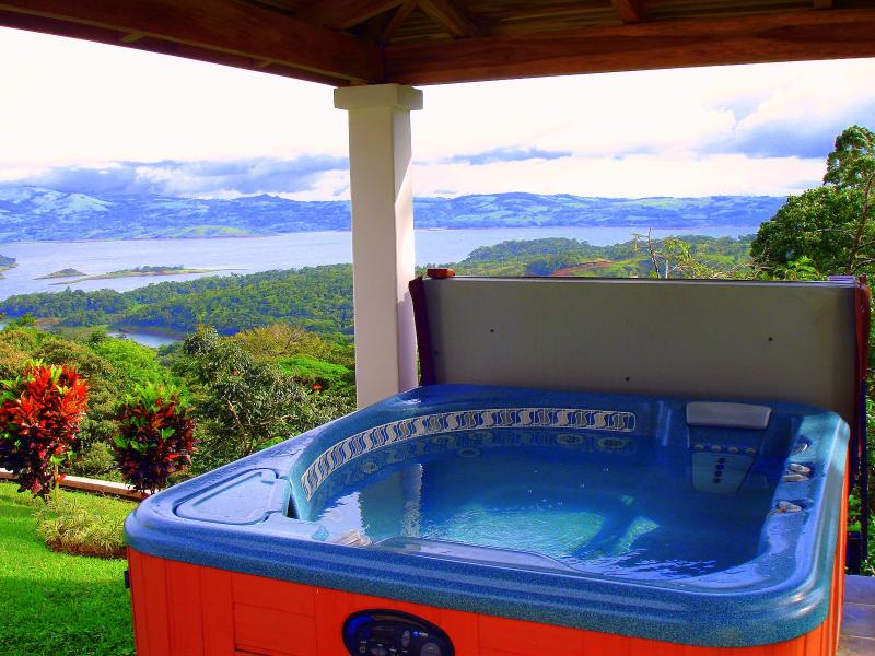 Casa Grande Jacuzzi with a View of Lake Arenal