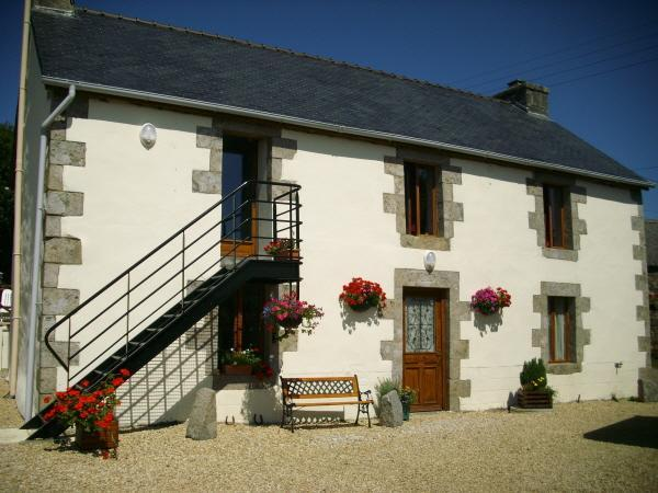 Romance In France- Le Cosquer Huella, Loqueffret - luxury accommodation for two!, holiday rental in Finistere