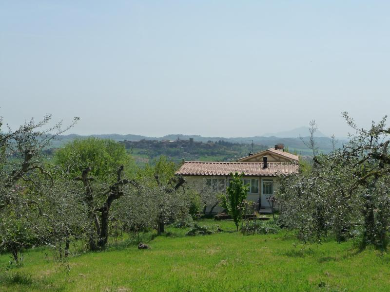 Paradiso Integrale - beautiful Umbria, the heart of Italy, holiday rental in San Liberato
