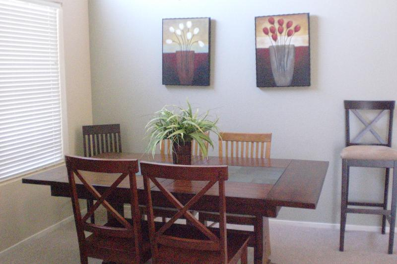 Dining area, table opens to sit 8
