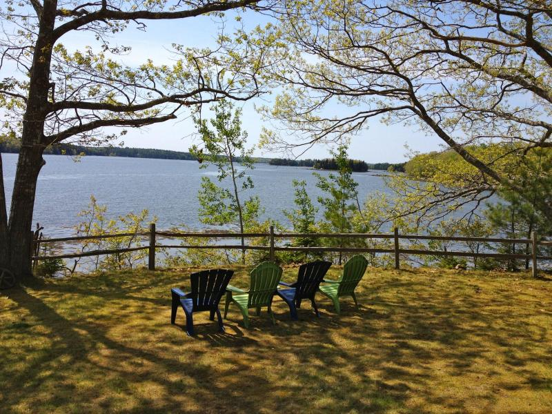 Maine. Lovely Cottage on Penobscot Bay, vacation rental in Brooksville