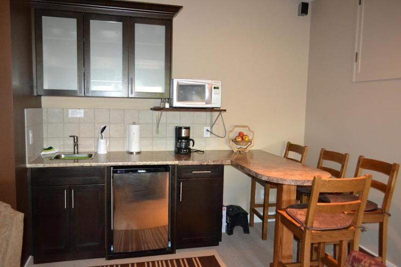 Poolside Suite Kitchenette complete with cookware and crockery