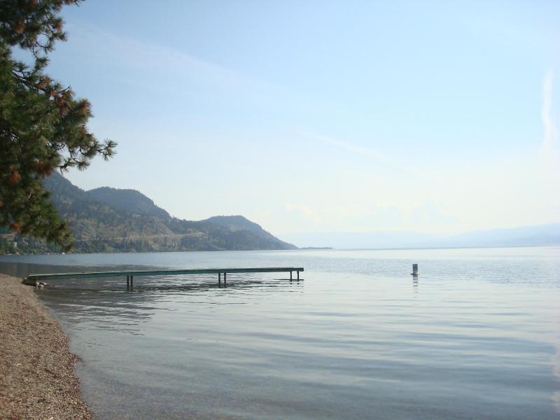 Stunning Peachland Lake