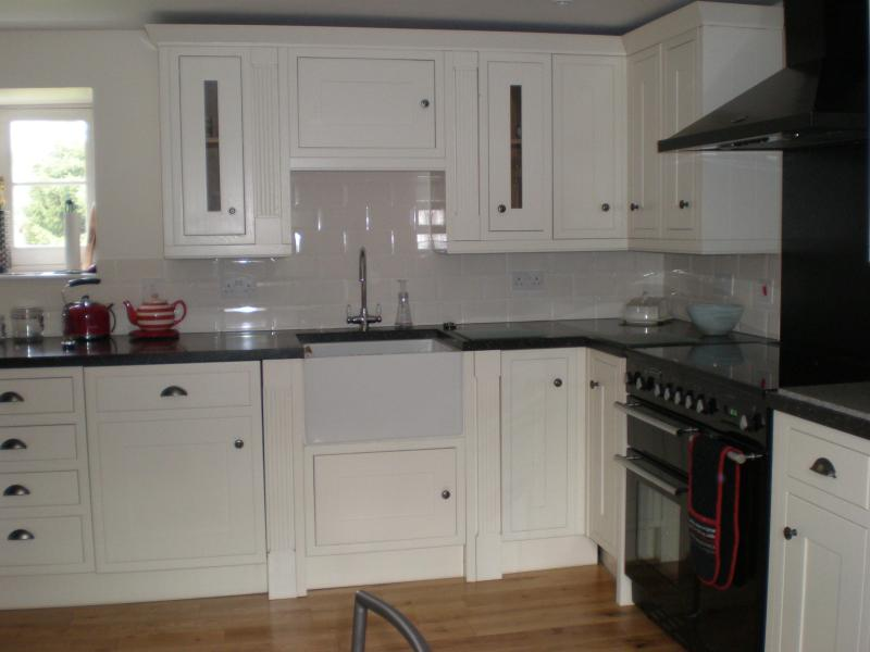 Highly equiped kitchen including Rangemaster cooker