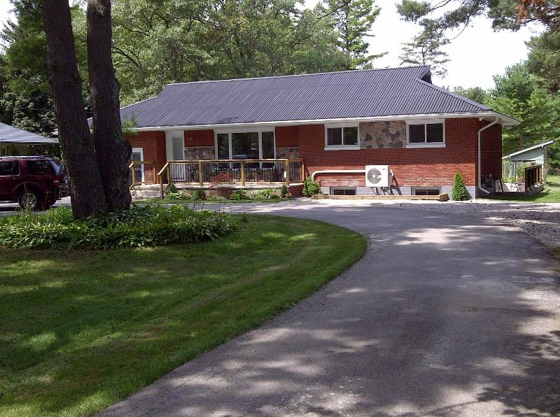 AllTheBestOne Grand Bend Cottage, alquiler de vacaciones en Grand Bend