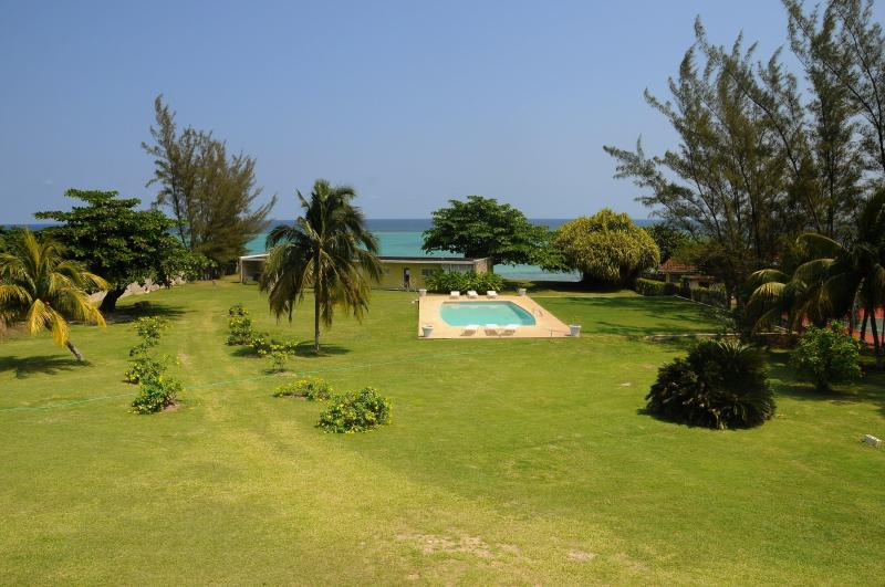 Miramar Villas lawn area ideal for functions
