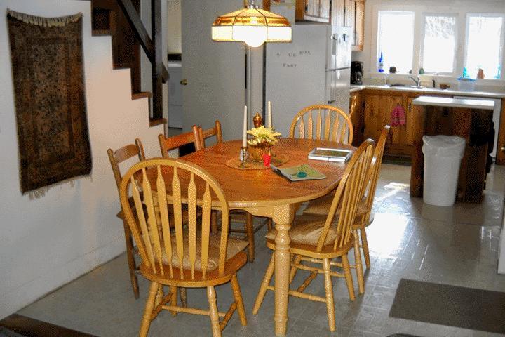 Essbereich, ein Blick in die Küche