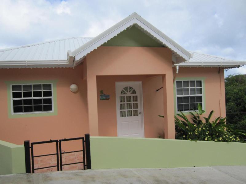 Mango Garden Apartment, holiday rental in Carriacou Island