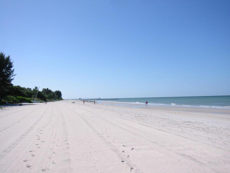 Beach - view to the South