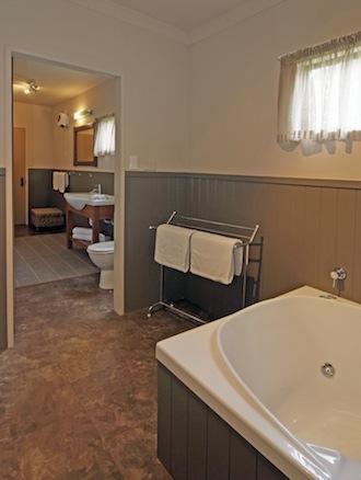 Beneden badkamer