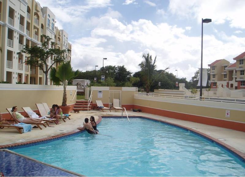 Seconf pool
