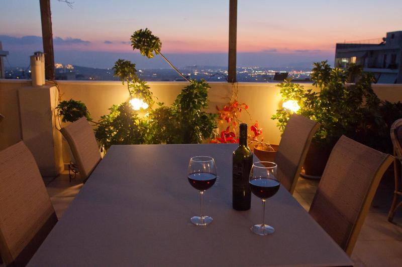 Amazing view - 3 bedrooms sleep 6-8, Athens Center, vacation rental in Athens