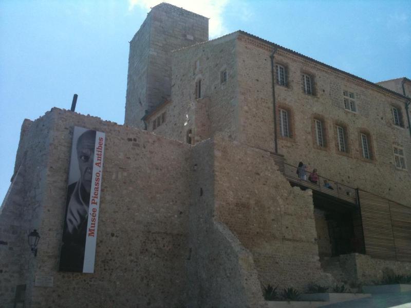 Picasso Museum - 1 minute walk