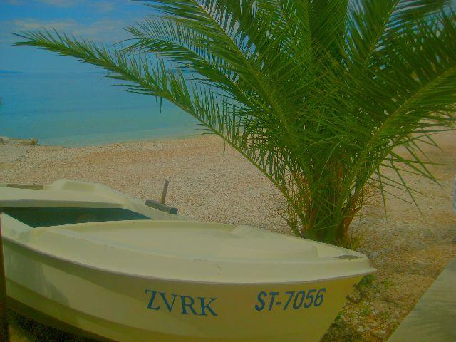 Small boat Zvrk